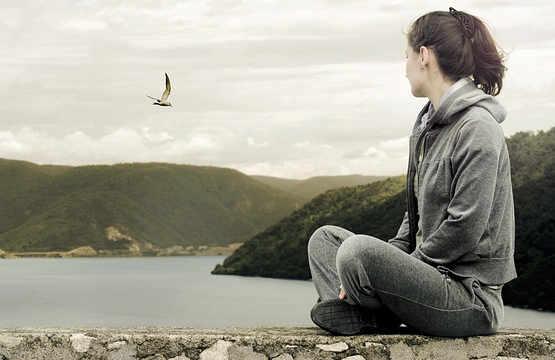 สู่อิสระในทุกๆ ด้านของชีวิต ด้วยการยึดติดต่ำ